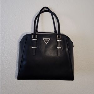 95a54809aa Guess  Leather black tote 👜
